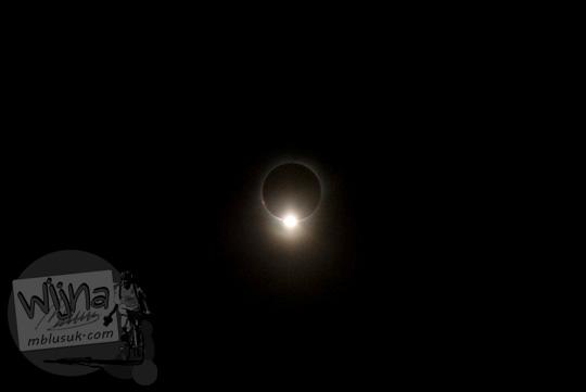 Foto Efek Baily Bead saat Gerhana Matahari Total di Belitung di tahun 2016