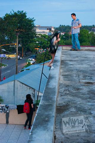 Tanggak akses ke atap Hotel Meigah Belitung di tahun 2016