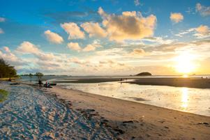 Rencanaku Gagal Berantakan di Pantai Tanjung Pendam