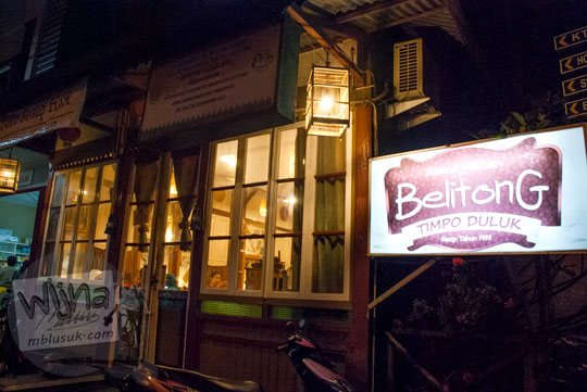 Sejarah Rumah Tradisional Melayu Belitong bernama Simpor Bedulang yang difungsikan sebagai bangunan utama Ruma Makan Belitong Timpo Duluk di kota Tanjung Pandan, Belitung