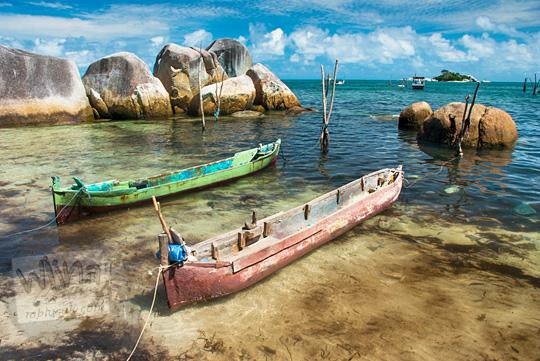 jenis-jenis metode pembuatan rancangan perahu tradisional warga nelayan di Pantai Tanjung Kelayang, Belitung pada Maret 2016