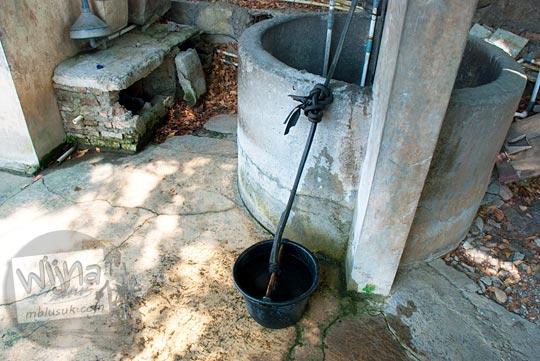 Cerita asal-usul mata air keramat yang ada di wilayah kabupaten Sukoharjo, Jawa Tengah pada September 2015