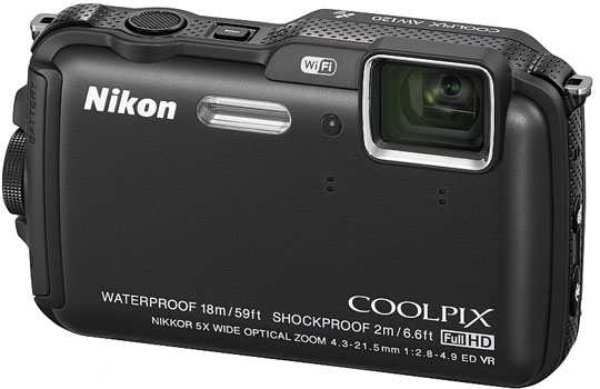 Foto bawah air di Umbul Ponggok, Klaten dengan kamera Nikon Coolpix AW120 sewaan