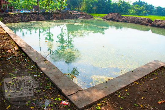 Pemandangan jernih alami mitos Sendang Mandong, Trucuk, Klaten pada Ramadhan Juni 2016