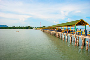 Dari Pulau Batam, ke Pulau Bintan, ke Pulau Lingga