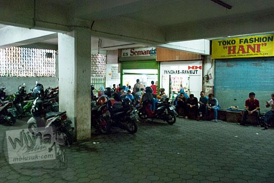 Letak Depot Es Semanggi di basement parkiran Matahari eks Magelang Plaza pada tahun 2016