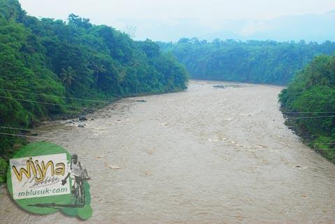 kondisi sungai progo Yogyakarta saat banjir
