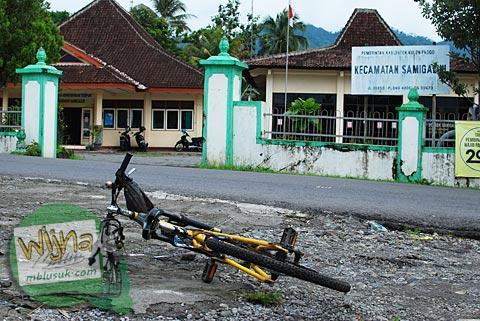 lokasi alamat kantor kecamatan samigaluh kulon progo