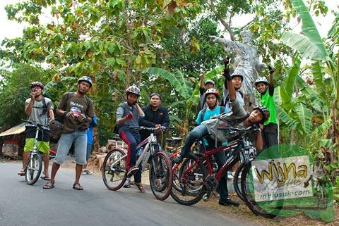 spss bersepeda ke Gua Sriti di tahun 2011