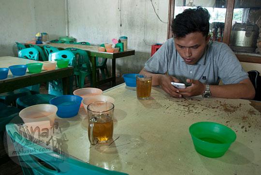 Heru Arya Mahasiswa UIN SUSKA Riau, Pekanbaru yang berprofesi sebagai blogger Pangeran Wortel