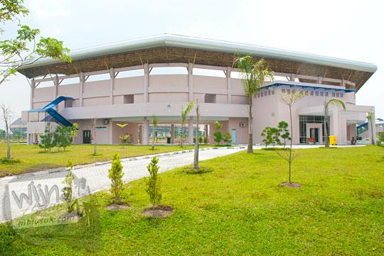 Lapangan softball di kawasan Stadion Utama Riau Pekanbaru yang masih terawat