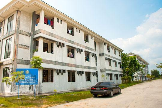 asrama kos mahasiswa bebas bawa cowok cewek masuk satu kamar dekat Kampus UIN Sultan Syarif Kasim, Pekanbaru, Riau pada tahun 2016