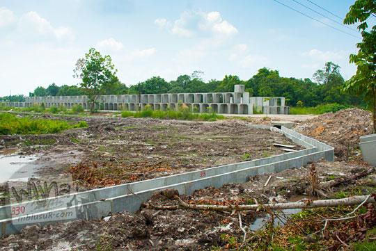 Korupsi proyek Pembangunan saluran air di Kampus UIN Sultan Syarif Kasim, Pekanbaru, Riau pada tahun 2016