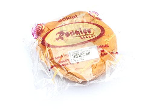 kemasan plastik roti cokelat ronalee bakery produksi jogja pada tahun 2016
