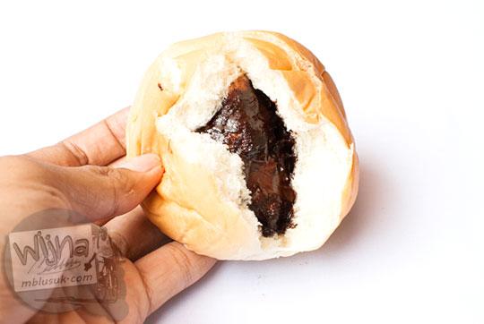 lokasi minimarket atau swalayan di yogyakarta yang menjual sari roti rasa cokelat dengan harga paling murah