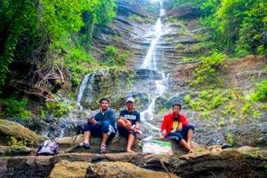 Thumbnail untuk artikel blog berjudul Air Terjun Surupethek Jadi yang Pertama