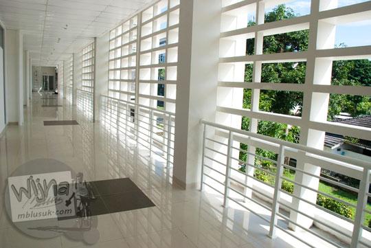 Dinding ventilasi tempat selfie di gedung baru Kampus FMIPA Utara UGM di tahun 2016