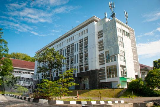 Gedung baru perkuliahan mahasiswa S2 di Kampus FMIPA Utara UGM di tahun 2016