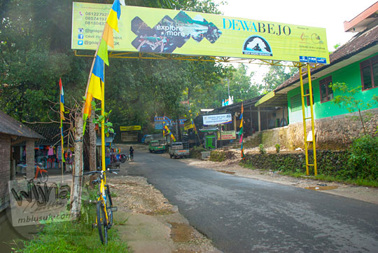 cerita seru petualangan bersepeda blogger anak muda dari Kota Yogyakarta menuju Playen dan sampai di obyek wisata Gua Pindul, desa Bejiharjo, Karangmojo, Gunungkidul pada April 2016