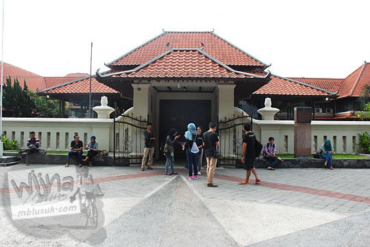 Tarif Paket Wisata khusus sejarah di Museum Sonobudoyo, Yogyakarta pada bulan Ramadan tahun 2016