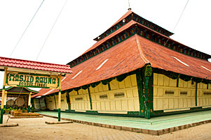 gambar/2017/jambi/f0-sejarah-masjid-agung-pondok-tinggi-tb.jpg?t=20190826041744436