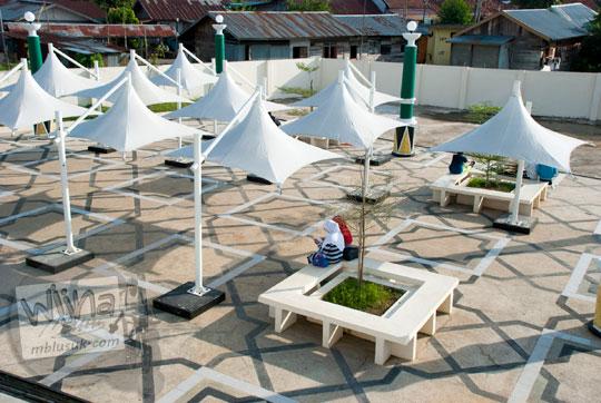 lokasi tempat duduk tenda putih di kawasan gentala arasy sekoja