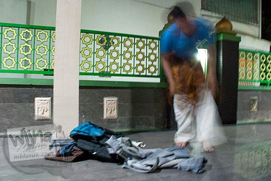 persiapan tata cara minta izin cara tidur bermalam ngemper masjid agung kebumen