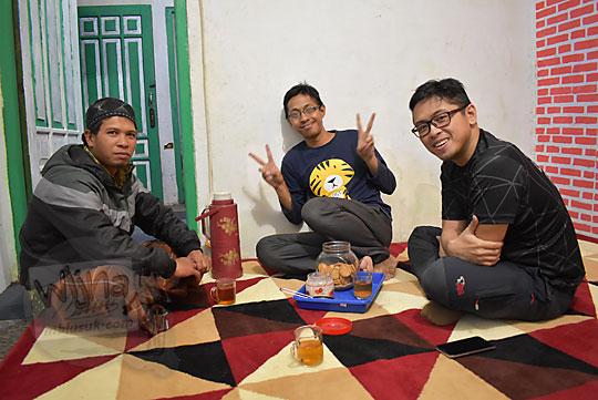 wawancara dengan Mas Udin salah satu pemilik homestay murah di Desa Sembungan Kejajar Wonosobo Jawa Tengah