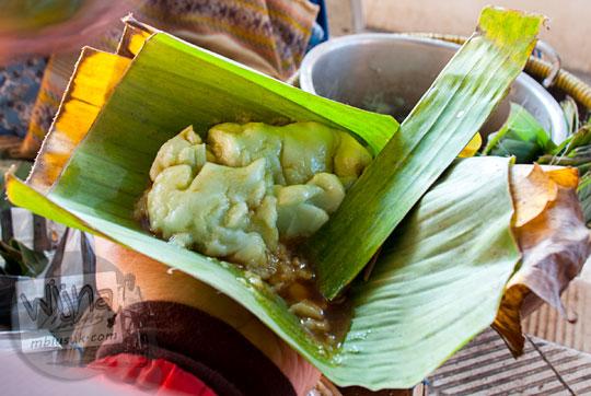 penjual bubur sumsum jenang hijau paling enak di kebumen dekat pasar mertokondo