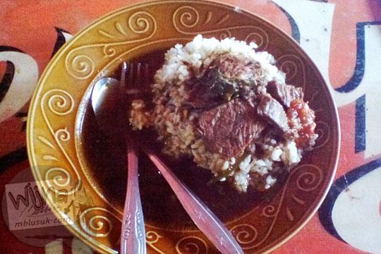 lokasi warung nasi rawon enak murah di kawasan taman bungkul surabaya