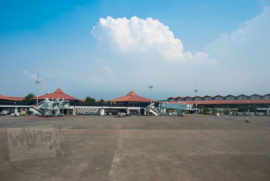 pemandangan terminal 2 soekarno hatta