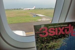 Dari Balik Jendela Air Asia di Kursi 8A