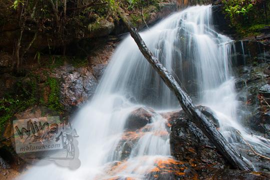 obyek wisata baru di kepulauan riau indahnya air terjun desa resun lingga tanpa nama