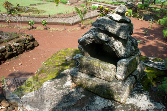 alasan latar belakang penelitian sejarah manusia purba yogyakarta membuat punden berundak bentuk unik sesaji koleksi prasejarah situs sokoliman bejiharjo karangmojo gunungkidul