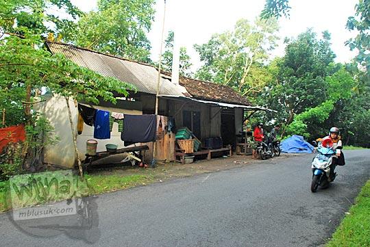 daftar lokasi toko warung kelontong pinggir jalan cinomati di kabupaten bantul