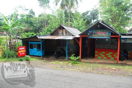 warung soto wisuda enak murah dekat perempatan beringin di desa terong dlingo bantul