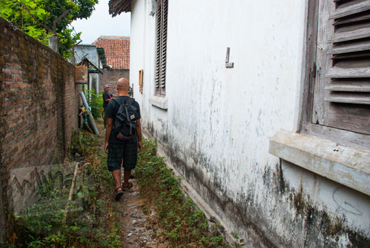 foto gang di timur halaman rumah pocong di banguntapan kotagede yogyakarta yang katanya sering dilewati makhluk gaib berupa penampakan kakek nenek ngesot dan keranda
