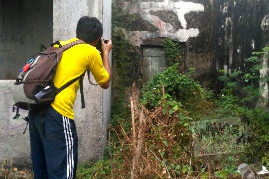 pengalaman mistis fotografer saat memotret bangunan tua rumah pocong di banguntapan kotagede yogyakarta yang angker