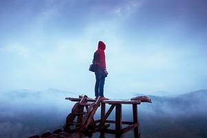 Thumbnail untuk artikel blog berjudul Pagi itu Major Tom Ngajak ke Bukit Panguk Kediwung