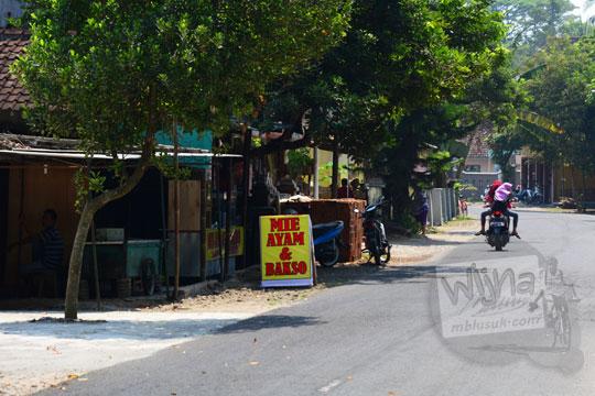 lokasi alamat nama warung mie ayam dan bakso enak harganya murah di seputar kecamatan lendah Kulon Progo