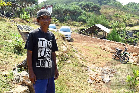 cerita jalan rusak Pantai Timang oleh sosok pak Adi Sumarno warga Dusun Danggolo Purwodadi Tepus Gunungkidul Yogyakarta
