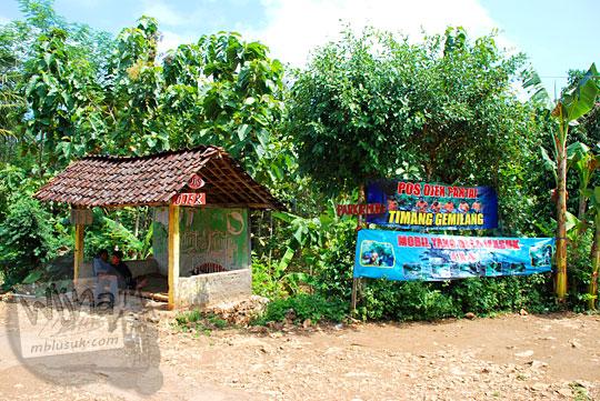 suasana pos ojek Timang Gemilang di kawasan Pantai Timang Gunungkidul Yogyakarta