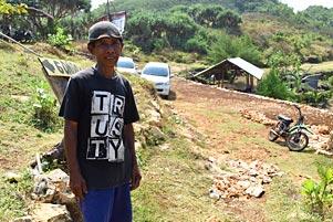 Thumbnail artikel blog berjudul Cerita Dibalik Jalan Penderitaan ke Pantai Timang