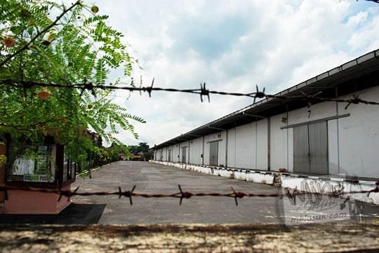 gudang pupuk pusri dekat stasiun maguwo lama