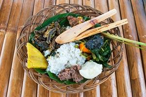 Menjajal Hidangan Raja Mataram Kuno di Candi Sojiwan
