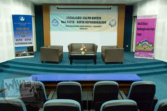 ruangan auditorium lantai 2 museum pendidikan indonesia di UNY