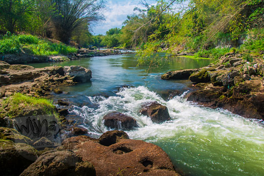 sudut pemandangan indah pinggir sungai kali opak di pundong bantul pada zaman dulu