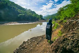 Thumbnail untuk artikel blog berjudul Sekadar Jalan-Jalan Pagi di Pinggir Kali Oya Kedungjati