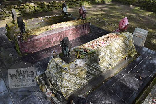 nisan makam ratu mas malang di pemakaman gunung kelir pleret