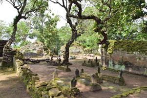 Thumbnail untuk artikel blog berjudul Hadiah dari Istana Kematian Gunung Kelir